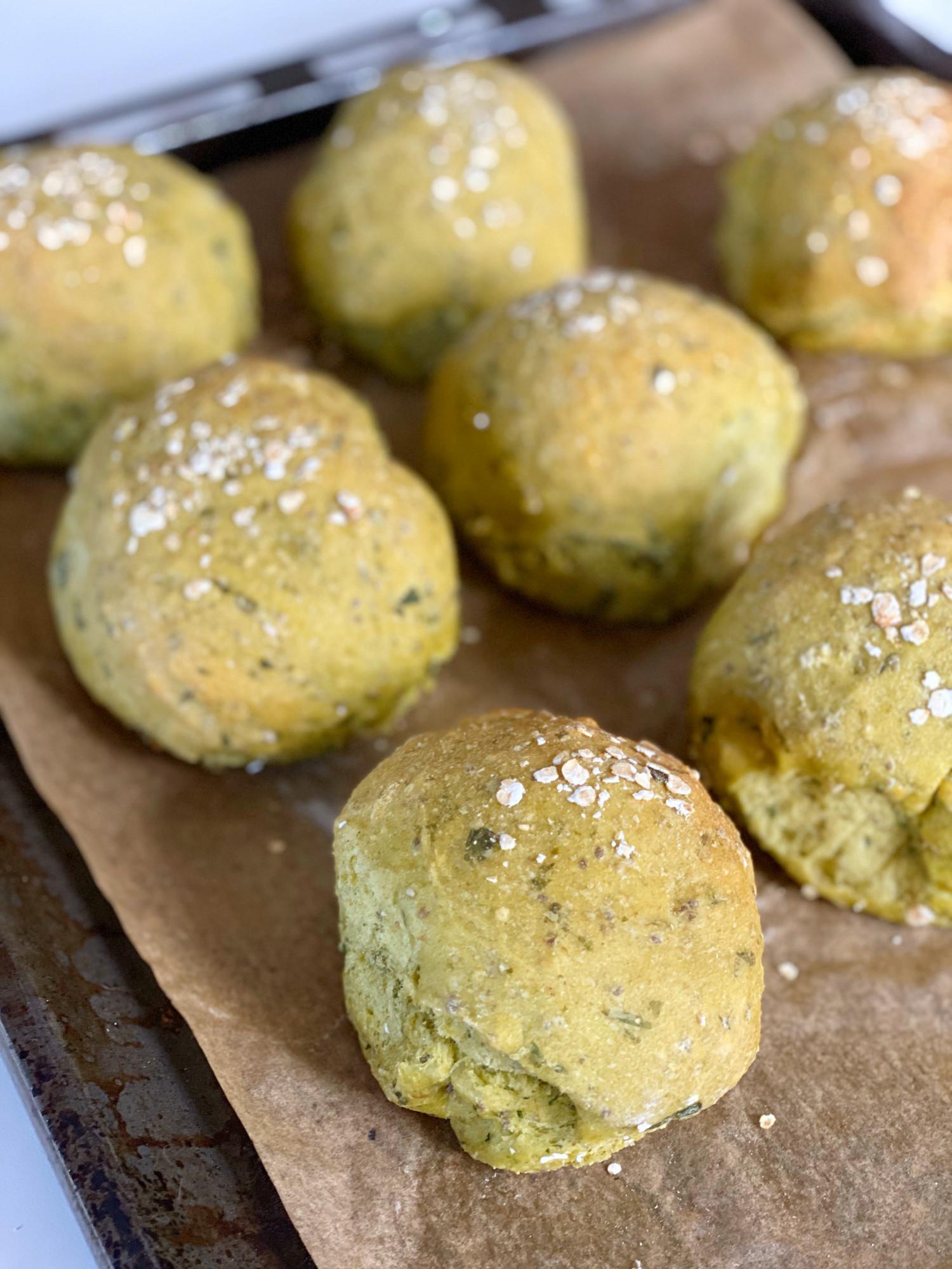 Grove madpakkeboller med spinat og chiafrø