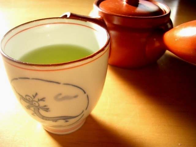 morning_cup_of_green_tea_zpsdotziade