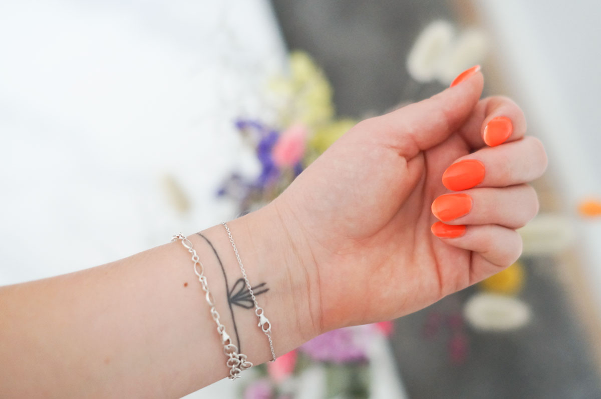Jelly nails, gel nails, le mini macaron, les jellies, transparent nailpolish, neon nailpolish, neglelak, negle, trend, sommer 2019, sommernegle, blog, skønhedsblog, beauty blog, camilla nørgaard, camilla nørgaard christensen, camillanoergaard, camillanoergaard.dk