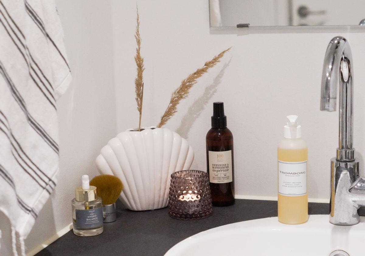 badeværelse, indretning, badeværelsesmøbel, jysk, jysk dk, smuuk skin, 100 bon, tromborg, meraki, skønhedsblog, blog, beauty blog, camilla nørgaard, camillanoergaard