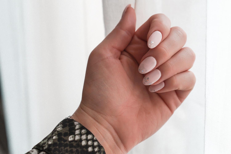 akrylnegle, acrylic nails, nail art, glitter dip nails, glitter dip, nails, manicure, shellac, cnd, lotus house, københavn, copenhagen, billigt, god pris, negleklinik