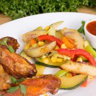 Kylling vinger med grøntsager.