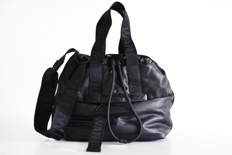 alexander wang x hm læder taske1