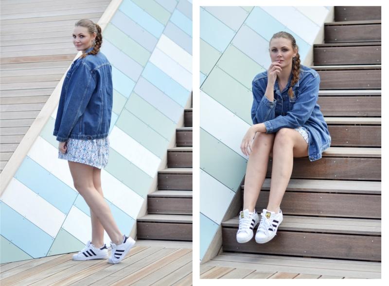 outfit hvid blå mønstret kjole, denim jakke superstar1
