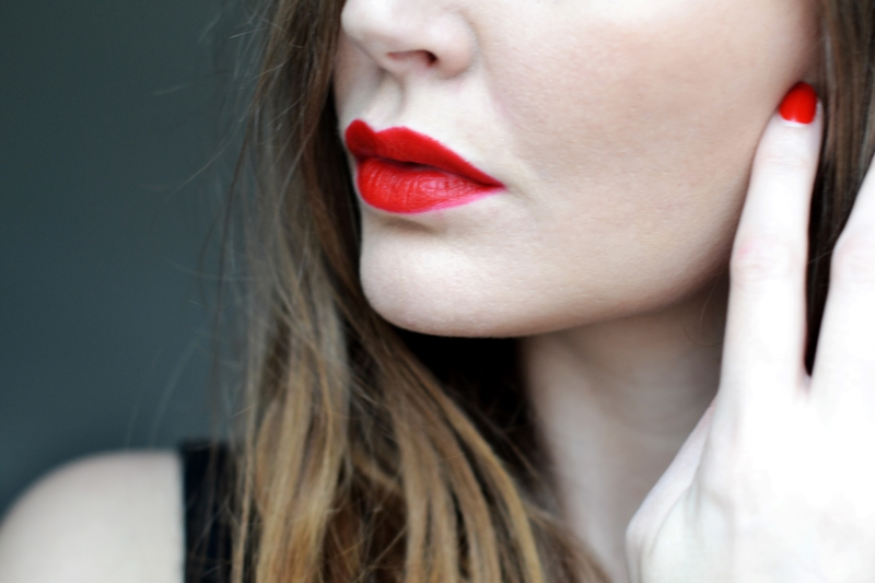 clinique red lip matte lipstick