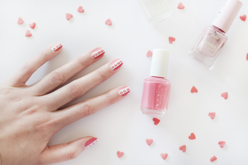 valentine nails 3 ways pink nails stribe dots glimmer1