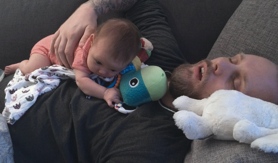 Far og Vilaj sover