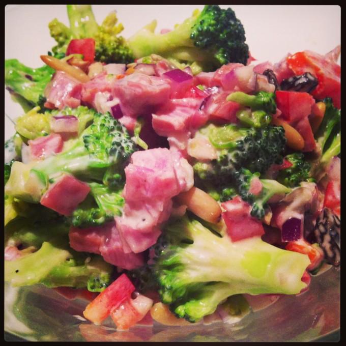 broccolisalat.