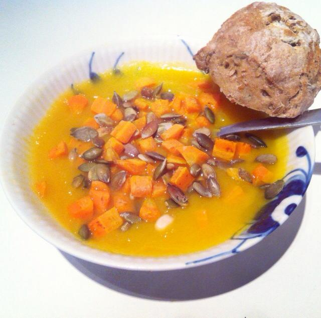 græskar-chili suppe