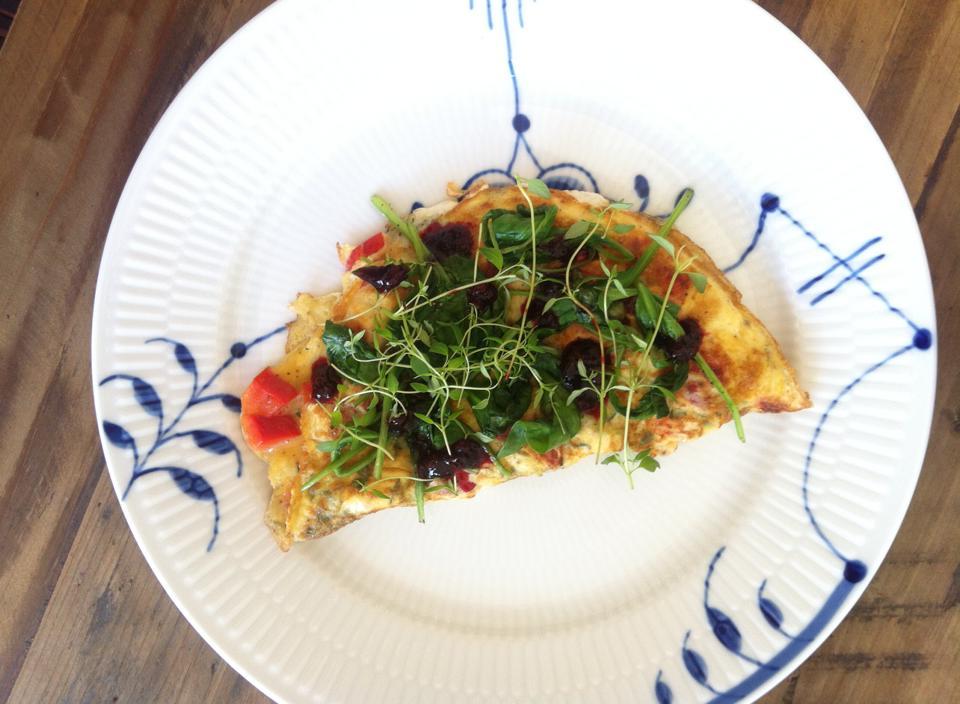 Omelet med grønt og timian