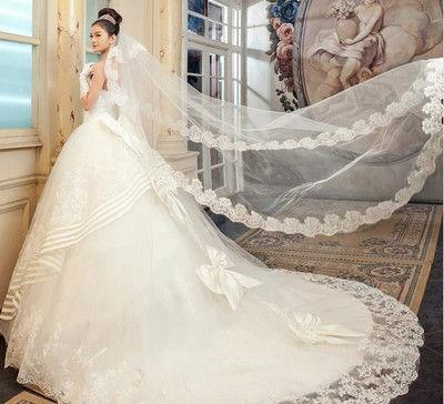 robe de mariée de la Vierge princesse longue en dentelle