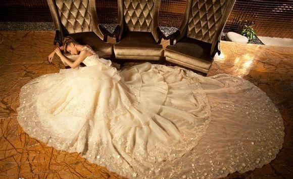 robe de mariage des Poissons  princesse en dentelle