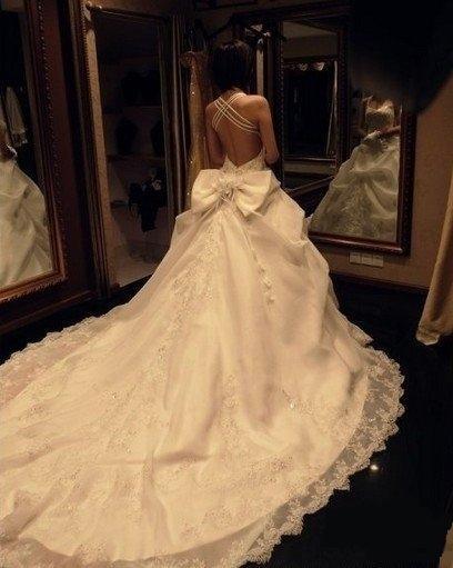robe de mariage du Sagittaire dos nu