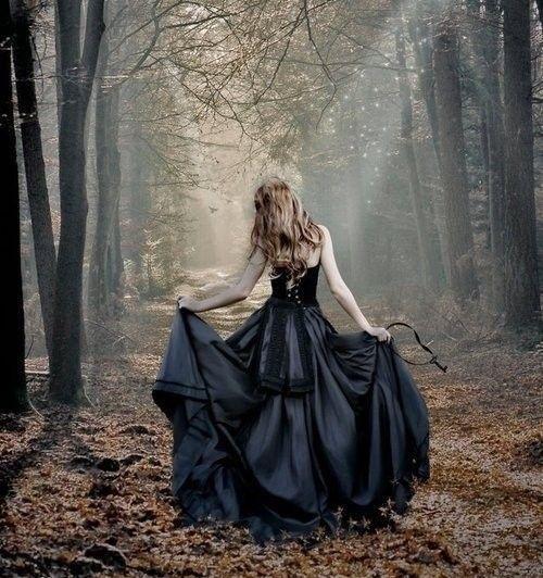 robe de mariée du Scorpion noir