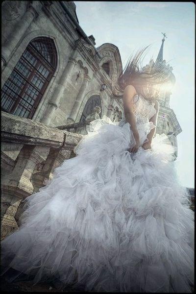 robe de mariage du Taureau bustier longue blanche