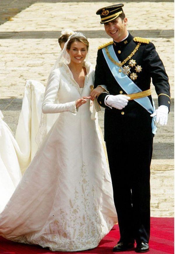 Célèbres Robe de mariée célébrité Reina Letizia