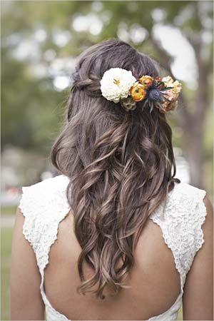 Coiffure de mariage romantique pour longs cheveux