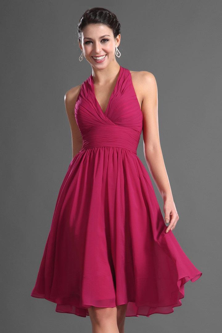robe-courte-rouge-soutenu-col-americain-pour-fete-ete