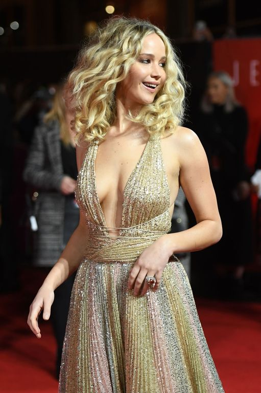 jennifer-lawrence-look-red-sparrow-2018