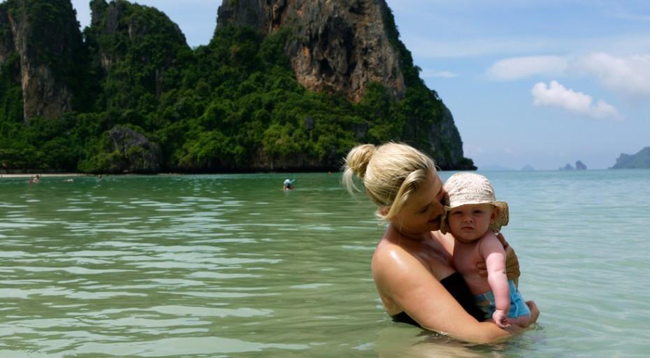 en-barsel-thailand-med-baby0