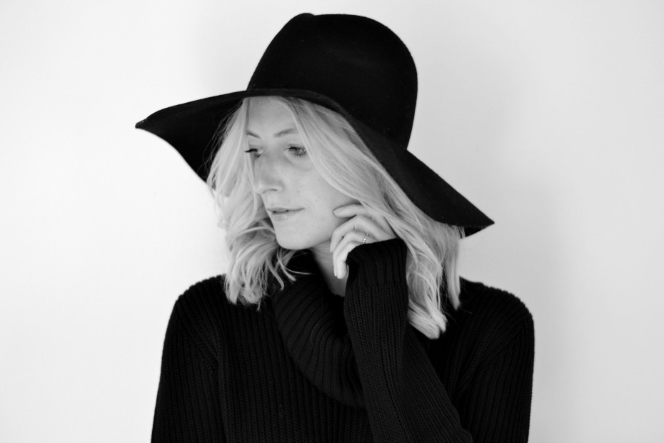 Rope - Saks Fifth Avenue Black Hat - H&M Chunky knit3