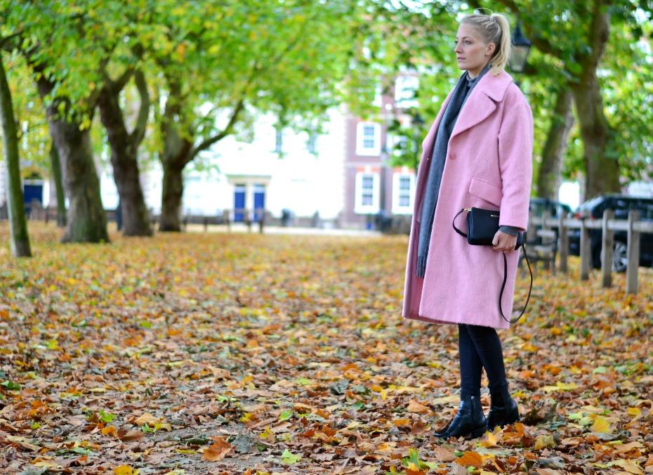 asos pink coat_michael kors trio bag_benetton turtleneck1