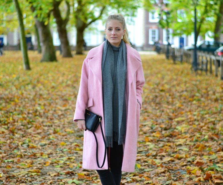 asos pink coat_michael kors trio bag_benetton turtleneck4
