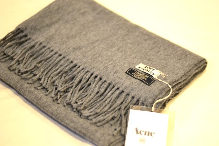 acne canada grey scarf