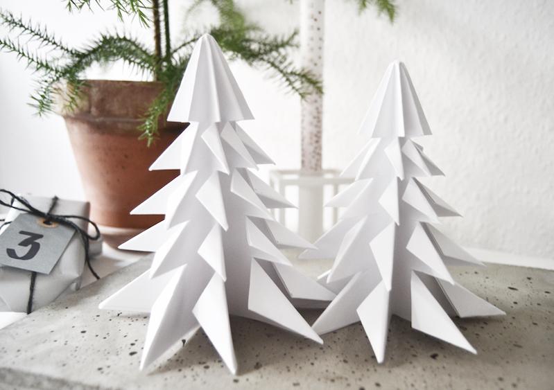 HOMESICK: Origami christmas trees