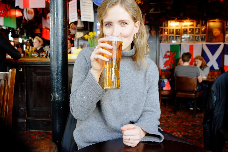 Bucket list London beer at a pub