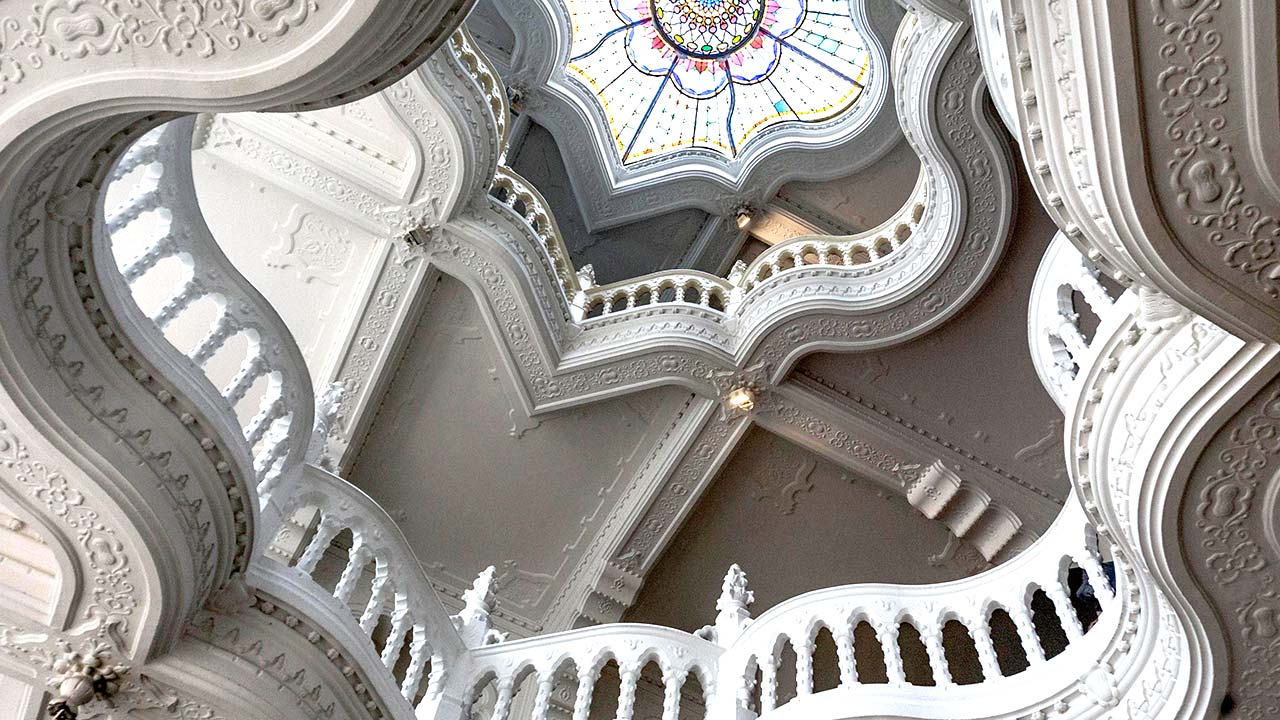 museum-of-applied-arts-atrium