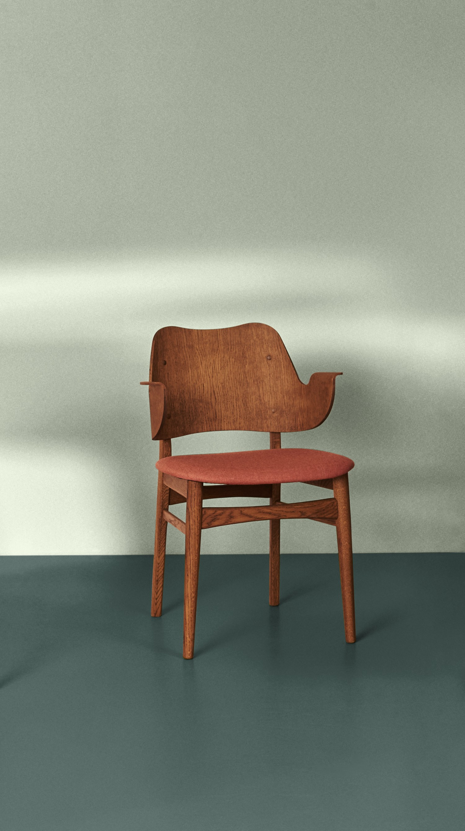 2405008-warmnordic-furniture-gesture-diningchairs-teak-stained-seat-peachy-pink-back-teak-stained-vgreen