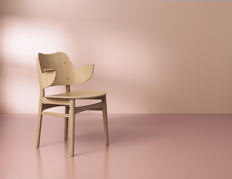 2405022-warmnordic-furniture-gesture-diningchairs-oak-oiled-seat-back-oak-oiled-vnude