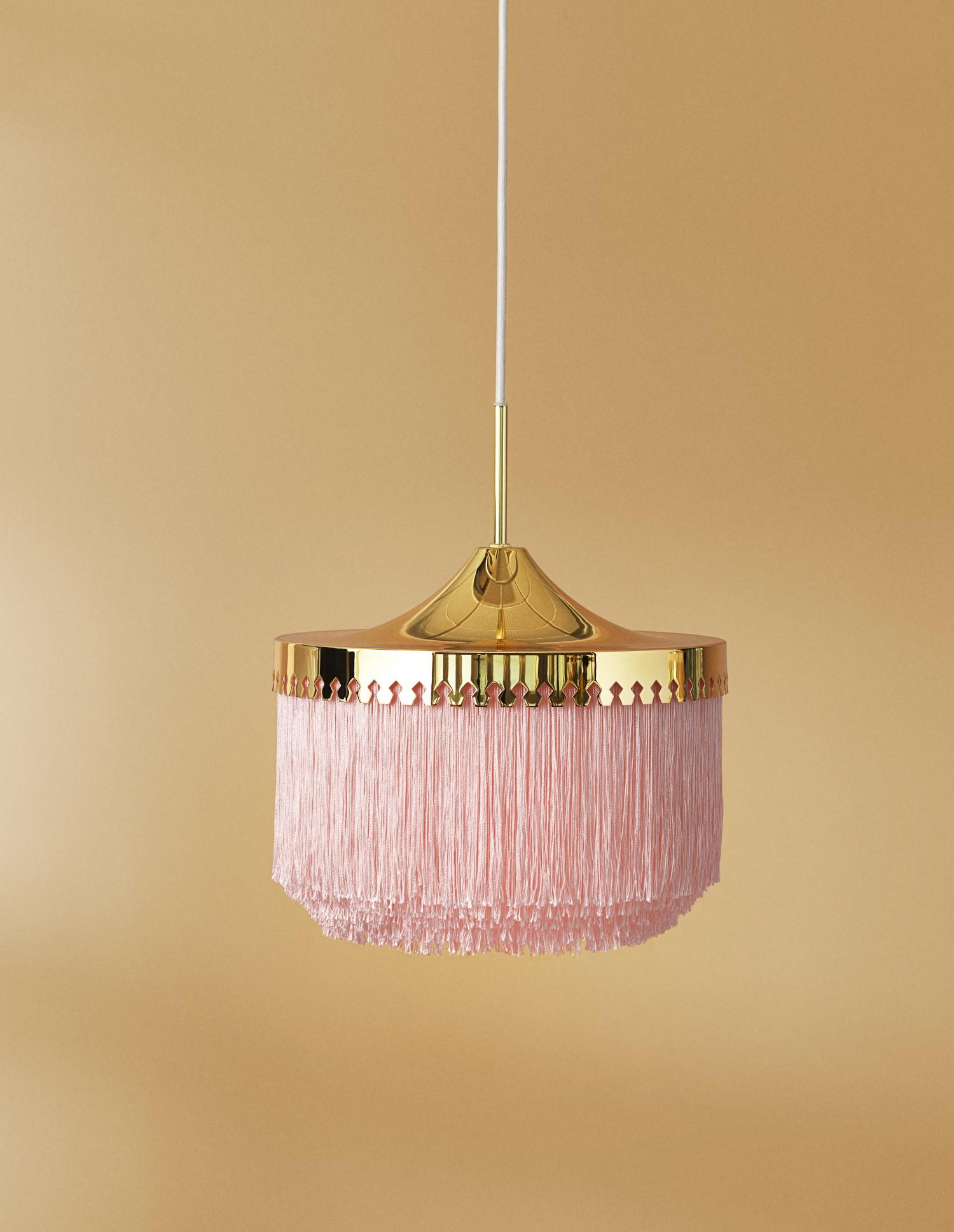 4420003-warmnordic-lighting-fringe-pendant-palepink-30cm-vyellow
