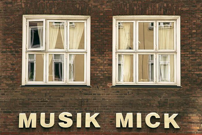 IMG_2708 Amagerbrogade Musik Mick_700