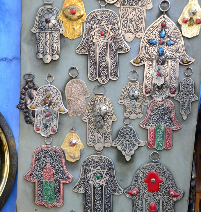 Smykker med Fatimas hånd i Marokkko