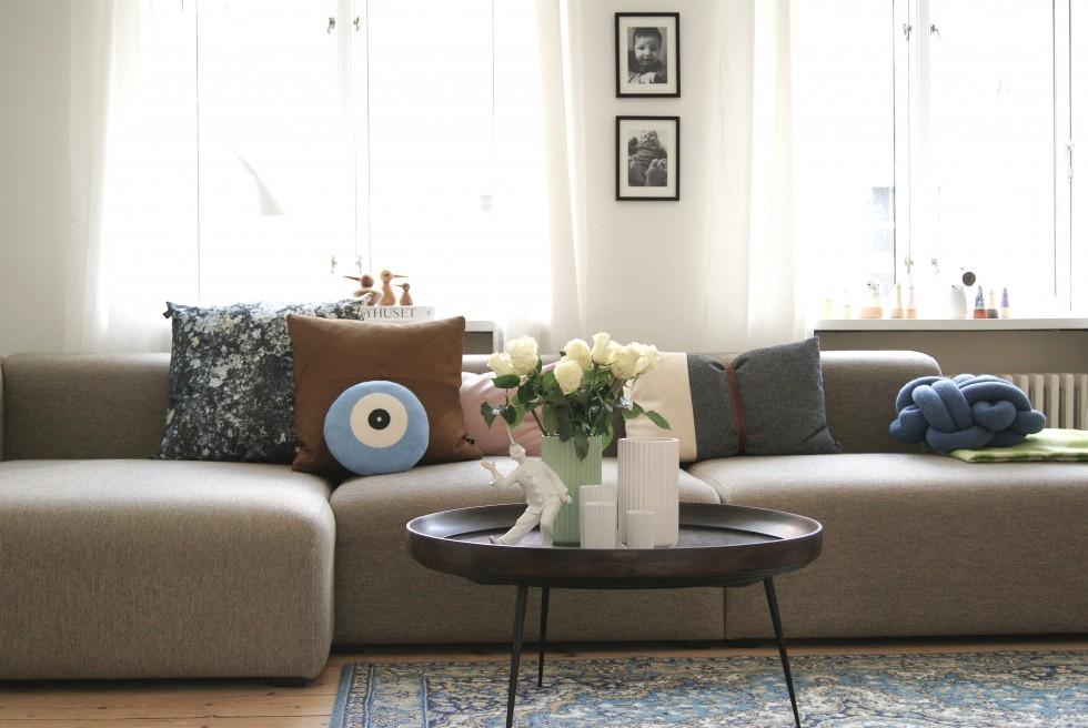 Sofa front_Fotor