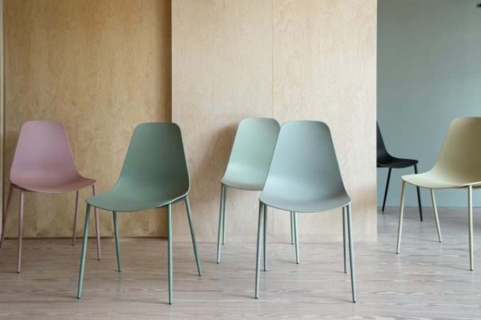 avaliable_21sep_soestrenegrene_chairs_1