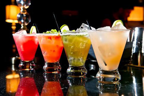 Minibar-drinks-180413