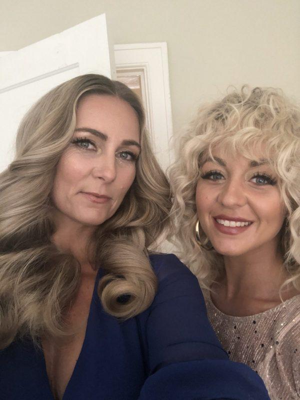 Det endelige resultat. Mette S og jeg på vej til ELLE Style Awards