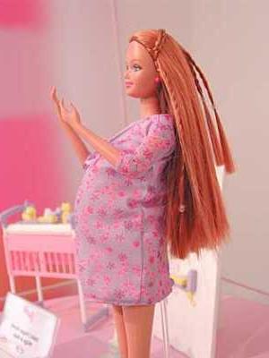 pregnant_barbie_midge